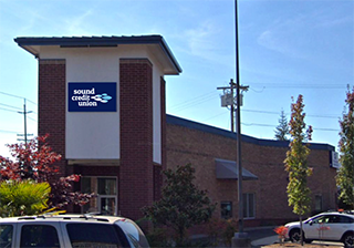 Everett Branch