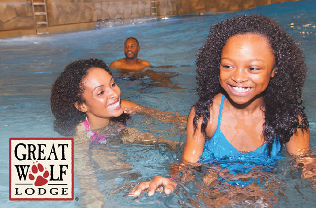 mom and daughter swimming Great-Wolf-Lodge-Discount