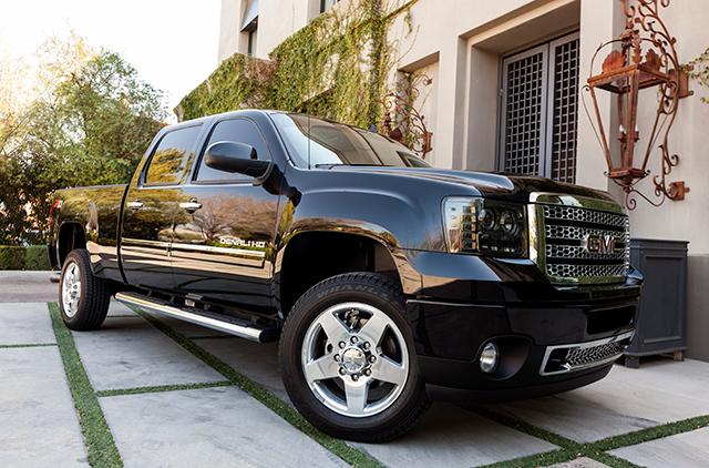 Black 4x4 pickup truck